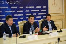 Аким Павлодарской области поставил перед павлодарскими футболистами задачу занять место в первой тройке