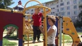 Полицейские Аксу закрыли досудебное расследование в отношении воспитателя детского сада №20 Акботы Тилекбердиевой