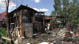 Второй месяц живут на руинах павлодарские пенсионеры