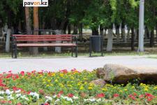 В павлодарских парках отремонтируют лавочки и восстановят брусчатку