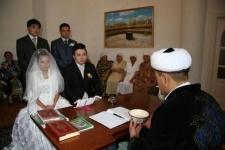 Без документа - не поженим!
