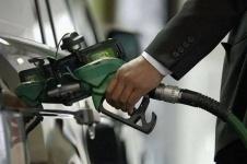 Досаев не ждет роста цен на бензин из-за повышения акцизов