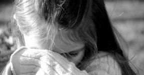 Опекун больной девочки не может добиться справедливости в Павлодаре и просит помощи у уполномоченной по правам ребенка
