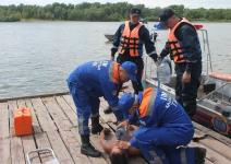 Павлодарские спасатели сняли с острова пьяного отдыхающего