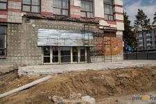 Булат Бакауов не видит активности на стройке областной библиотеки