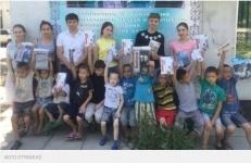 В Шымкенте школьники отдали денежный приз детям из приюта