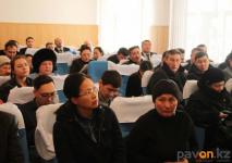 Жители микрорайона Второй Павлодар продолжают настаивать на введении режима ЧС