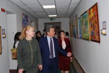 В Астане на выставке представили 80 дипломных работ павлодарских художников