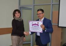 Миллион тенге вручили жительнице Павлодара, чтобы она благоустроила двор по своему проекту