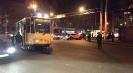 Трамвай столкнулся с несколькими авто в Алматы