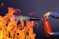 Пытаясь потушить пожар самостоятельно, житель Прииртышья попал в больницу