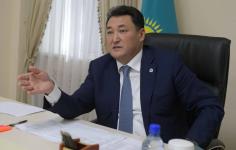 Павлодарские матери обратились к Булату Бакауову за помощью на личном приеме
