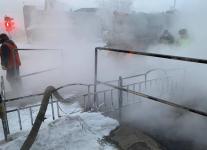 В Павлодаре пенсионерка упала в яму теплотрассы и получила сильные ожоги