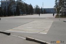 Почему бледнеет свежая разметка на дорогах Павлодара, рассказали в отделе ЖКХ