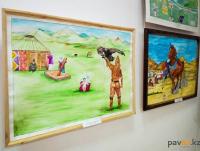 В Павлодаре открылась уникальная выставка работ осужденных за терроризм
