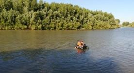 В Аксу оштрафовали троих граждан, заплывших за буйки