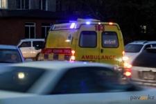 Водитель легковой машины пострадал в результате столкновения с автобусом недалеко от Экибастуза