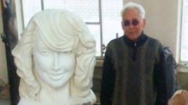 Создатель скульптуры Жанны Фриске установит ее в своем дворе