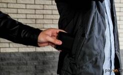 Павлодарские полицейские предупреждают, что в преддверии праздников активизируются воры-карманники