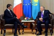 Назарбаев застрял в лифте с премьером Италии