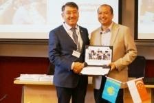 Ректор ПГУ прошел обучение на семинаре в Сингапуре
