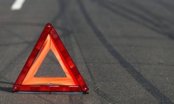 Два человека скончались на дороге между Павлодаром и Ленинским в результате наезда автомобиля