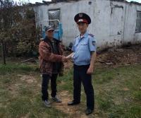 Полицейский спас мужчину из горевшего дома в Павлодарской области