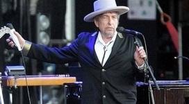 Нобелевский комитет перестал искать Боба Дилана
