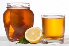 В Павлодаре пообещали скоро начать продажу напитка из чайного гриба