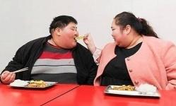В Китае супруги-обжоры похудели ради секса