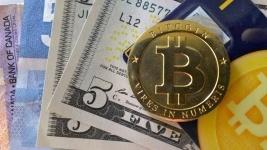 Мажилисмен требует законодательно регулировать сделки с криптовалютами