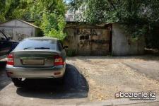 Жители Павлодара жалуются на некачественное асфальтирование во дворах