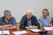Павлодарские перевозчики называют свою ситуацию тяжелейшей и просят возместить фактические затраты на перевозку льготников