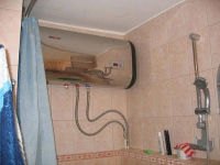 Жители павлодарской многоэтажки круглый год пользуются водонагревателями