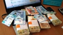 При получении взятки задержан глава отдела земельных Баянаульского района