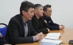 Павлодарцы жалуются на нечищеные крыши