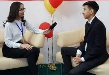 Юные экибастузские журналисты учатся снимать новости в новой телестудии