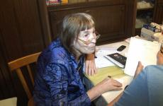 Павлодарская пенсионерка годами жила в квартире с «призраком»