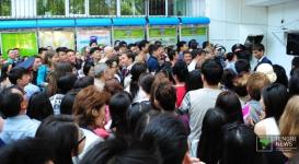 Выпускники в Алматы установили рекорд уже в первый день ЕНТ