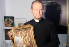 В Павлодаре открылась выставка уникальных религиозных экспонатов