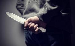 Пьяный экибастузец с ножом напал на лежачую больную и забрал у нее последние деньги