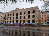 Городской акимат организовал встречу журналистов с жильцами Короленко, 4 и проектировщиком здания
