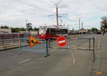 В Павлодаре приступили к ремонту очередного трамвайного переезда
