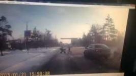 В интернет выложили видео жуткого ДТП в Павлодаре