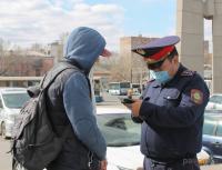Во время месячника по благоустройству порядок на улицах Павлодара помогают наводить и полицейские