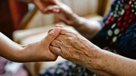 От голода и антисанитарии спасли 86-летнюю труженицу тыла павлодарцы