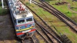 Поезд сбил двоих детей под Алматы