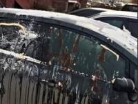 Нечистотами из канализации облил ассенизатор машину противницы в споре
