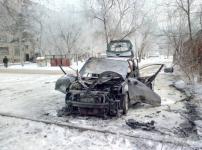 Павлодарец успел выскочить из вспыхнувшего автомобиля