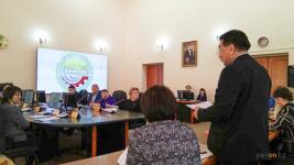 Павлодарская набережная, часть супермаркетов и аптек не готовы к тому, чтобы их посещали инвалиды